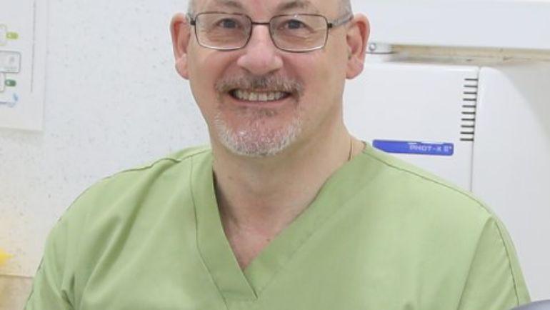 Dr Chris Harbour